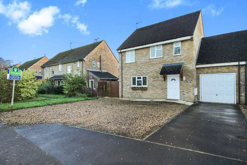 4 Bedrooms Detached House for sale in Oldbury View Atcherley Road, Calne, SN11