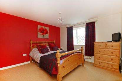 4 Bedrooms House for sale in Paddock Drive, Sunnyside, Rotherham, South Yorkshire