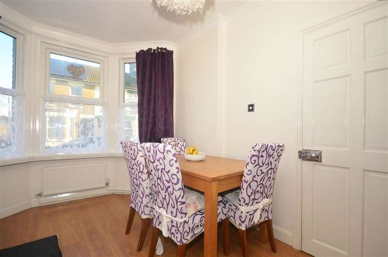 3 Bedrooms End Of Terrace House for sale in North Street, Dover, Kent