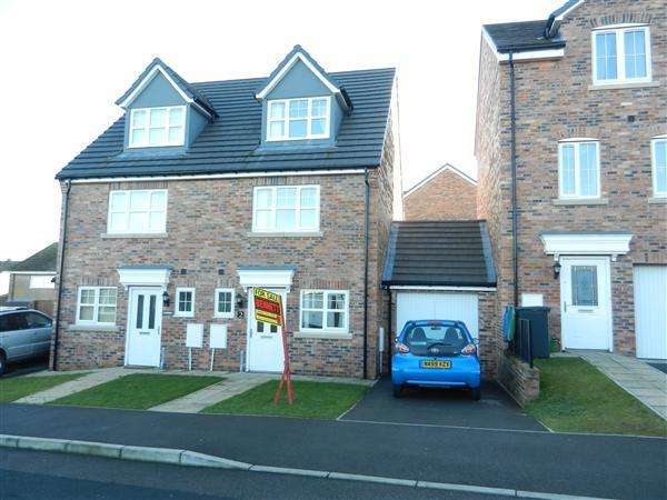 3 Bedrooms Semi Detached House for sale in Brackenrigg, Consett