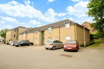 2 Bedrooms Apartment Flat for sale in Montbard Court, 2 Elland Close, Barnet, Hertfordshire