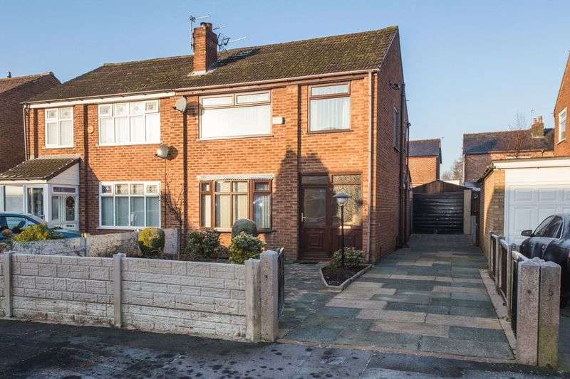 3 Bedrooms Semi Detached House for sale in Sutherland Road, Wigan
