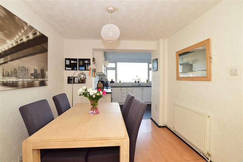 3 Bedrooms Terraced House for sale in Connell Drive, Woodingdean, Brighton, East Sussex