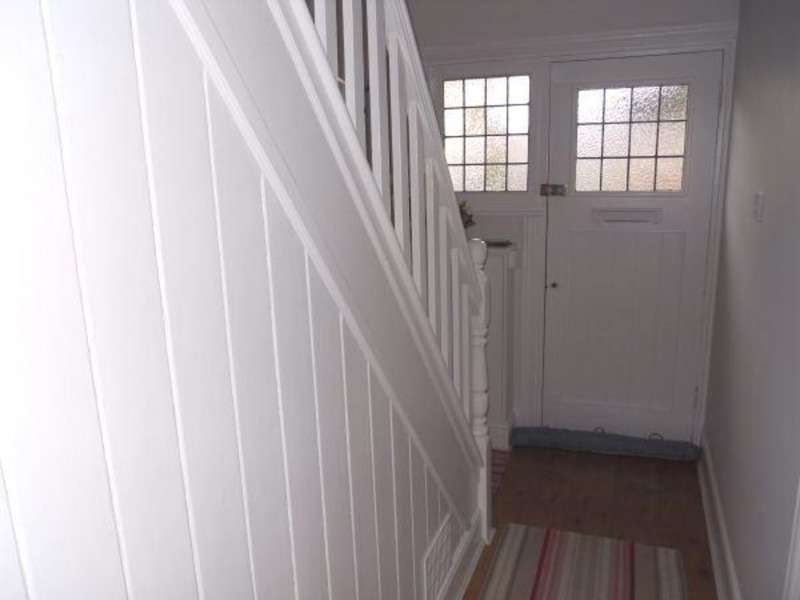 2 Bedrooms Semi Detached House for sale in Wellington Ave, Wolverhampton, West Midlands, WV3