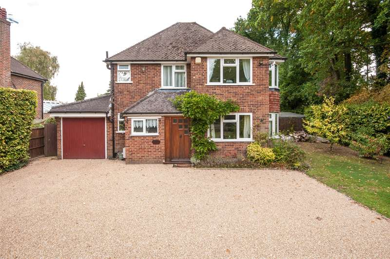 4 Bedrooms Detached House for sale in Limes Avenue, Horley, Surrey, RH6