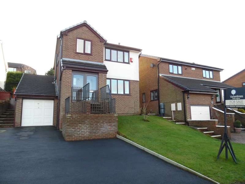 4 Bedrooms Detached House for sale in Hillside Avenue, Shaw