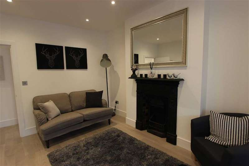 1 Bedroom Property for sale in Broomfield Avenue, Palmers Green, London