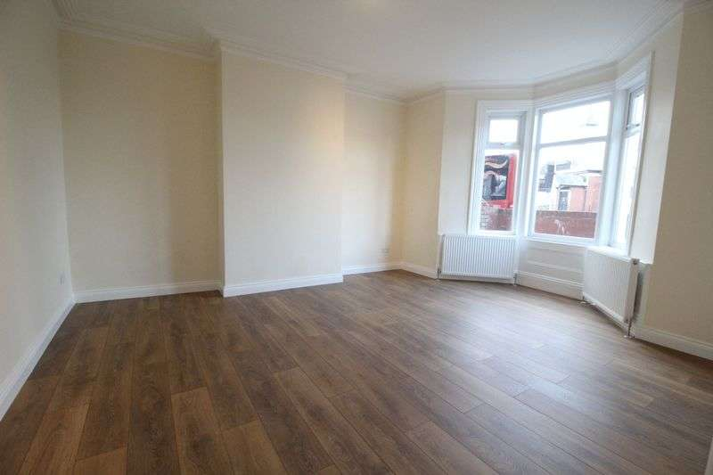 2 Bedrooms Flat for sale in Victoria Road East, Hebburn