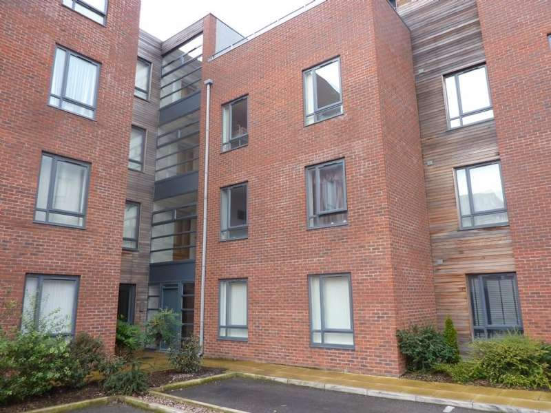 2 Bedrooms Apartment Flat for sale in Carlett View, Garston, Liverpool, L19 2NP