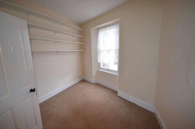 2 Bedrooms Terraced House for sale in Kenwyn Street, Truro