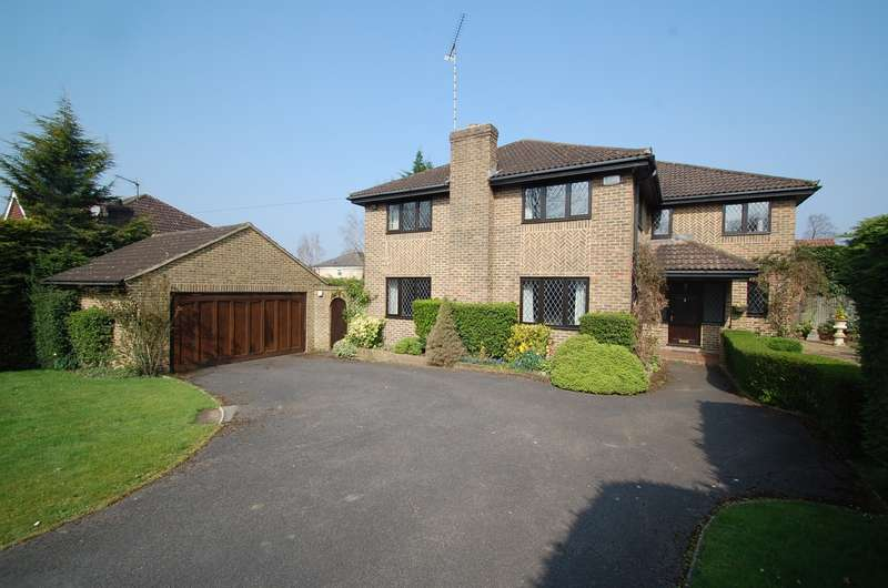 4 Bedrooms Detached House for sale in St Huberts Close, Gerrards Cross, SL9