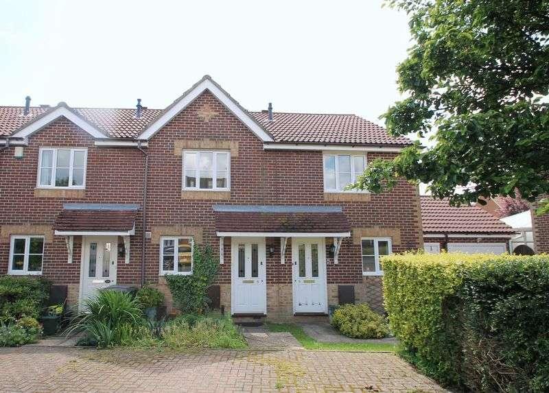 2 Bedrooms Terraced House for sale in HAWKINGE