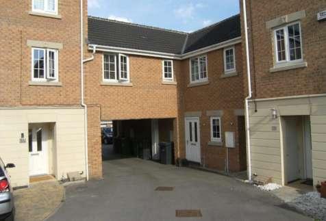 1 Bedroom Apartment Flat for sale in Murrey Way, Leeds, West Yorkshire, LS10 4GA