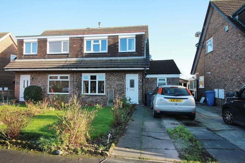 3 Bedrooms Semi Detached House for sale in 27 Knaresborough Close, Poulton-Le-Fylde Lancs FY6 7SJ