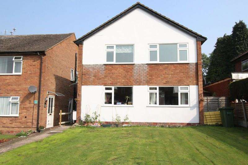 2 Bedrooms Maisonette Flat for sale in Sansome Road, Shirley, Solihull