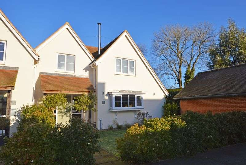 4 Bedrooms Semi Detached House for sale in East Worldham