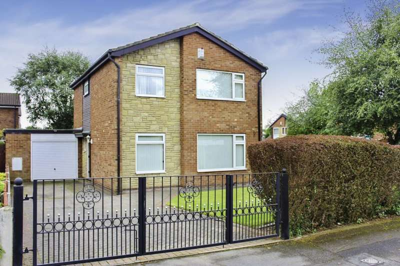 4 Bedrooms Detached House for sale in Wheatfield, Leyland, Nr Preston, Lancashire