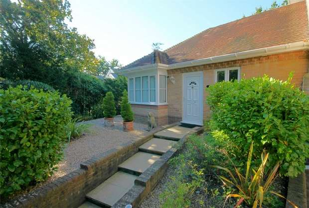 2 Bedrooms Semi Detached Bungalow for sale in 31 Brownsea View Avenue, Lilliput, Poole