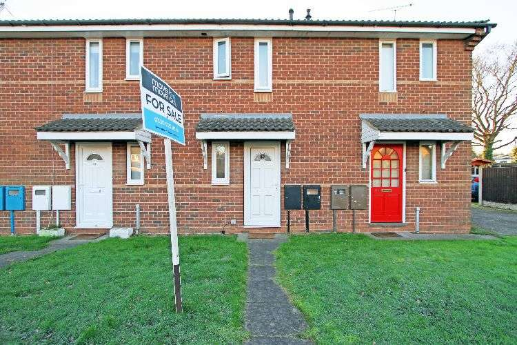 1 Bedroom Town House for sale in Carling Avenue, Nottinghamshire, S80 1YB