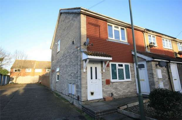 1 Bedroom Maisonette Flat for sale in Thornbank Close, Stanwell Moor, Staines-upon-Thames, Surrey