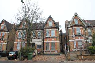 1 Bedroom Flat for sale in Manor Road, Beckenham