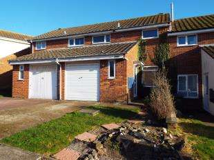 3 Bedrooms Terraced House for sale in Downs Road, Folkestone, Kent, England