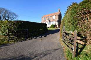 3 Bedrooms Detached House for sale in Bakery Lane, Punnetts Town, Heathfield, East Sussex