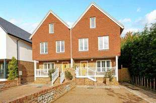 4 Bedrooms House for sale in Castle View, Bramber, Steyning, West Sussex