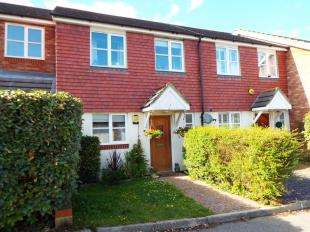 3 Bedrooms Terraced House for sale in Cades Place, Maidstone, Kent