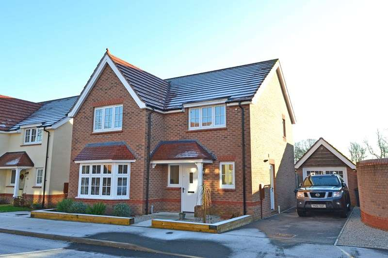 4 Bedrooms Detached House for sale in Chapel Rise, Rubery, Birmingham