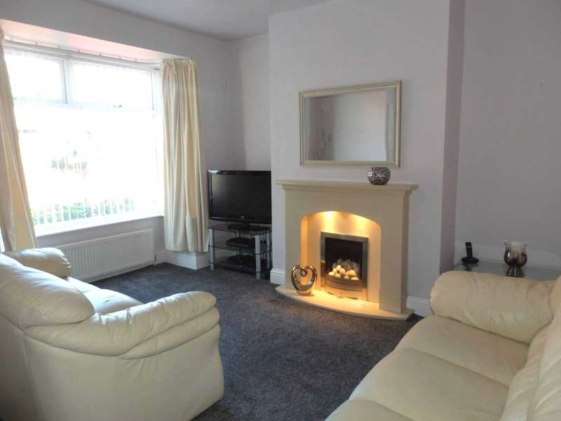 2 Bedrooms Terraced House for sale in Abbotsford Road, Smithills