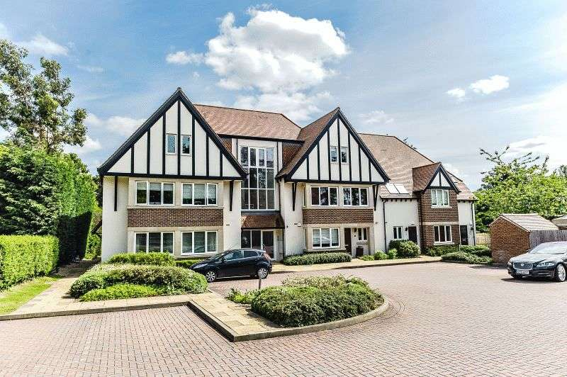 3 Bedrooms Flat for sale in Fox Lane, Oxford OX1