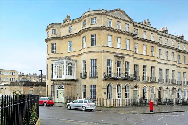 2 Bedrooms Flat for sale in Sydney Place, Bath, BA2