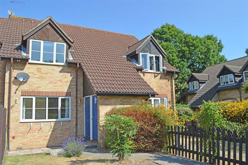 1 Bedroom End Of Terrace House for sale in Steeple Gardens, Addlestone, Surrey, KT15