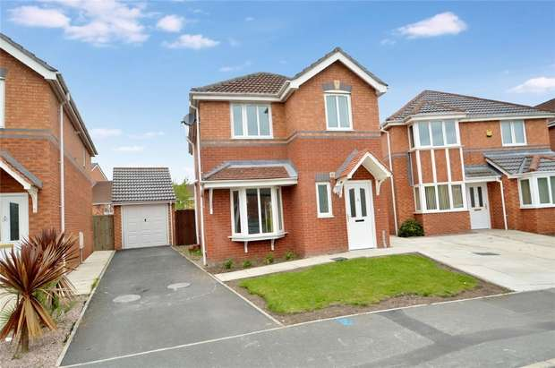 3 Bedrooms Detached House for sale in Goodwood Drive, Stockport, Cheshire