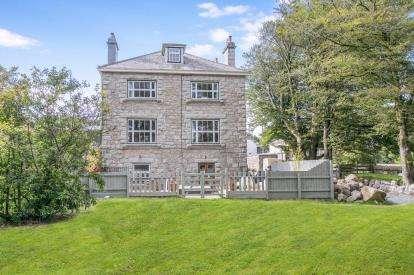 7 Bedrooms Detached House for sale in Princetown, Yelverton, Devon