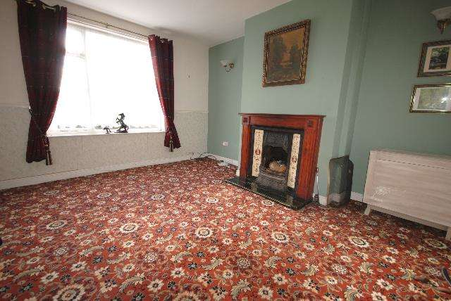 3 Bedrooms Property for sale in Rydal Villas, Marlborough Avenue