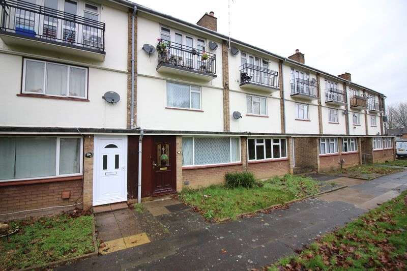 2 Bedrooms Terraced House for sale in Spring Hills, Harlow, CM20