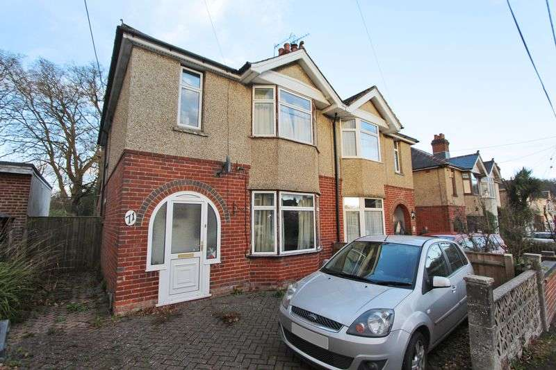 3 Bedrooms Semi Detached House for sale in Old Bishopstoke