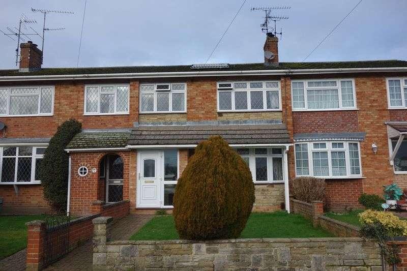 3 Bedrooms Terraced House for sale in Belland Drive, Aldershot