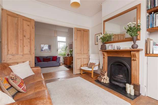 4 Bedrooms Terraced House for sale in Landcroft Road, East Dulwich