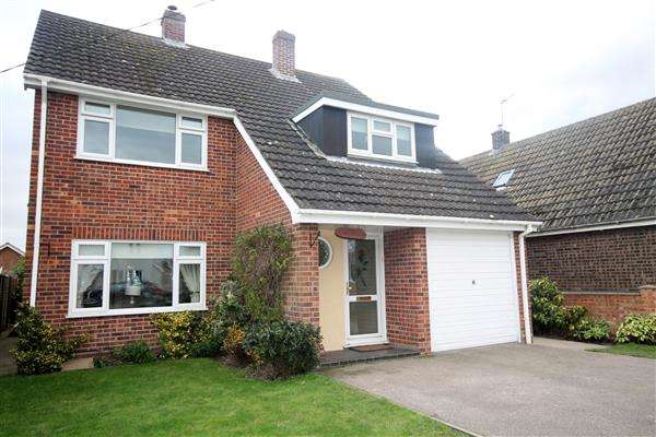 4 Bedrooms House for sale in St Marys Road, Aingers Green, Great Bentley