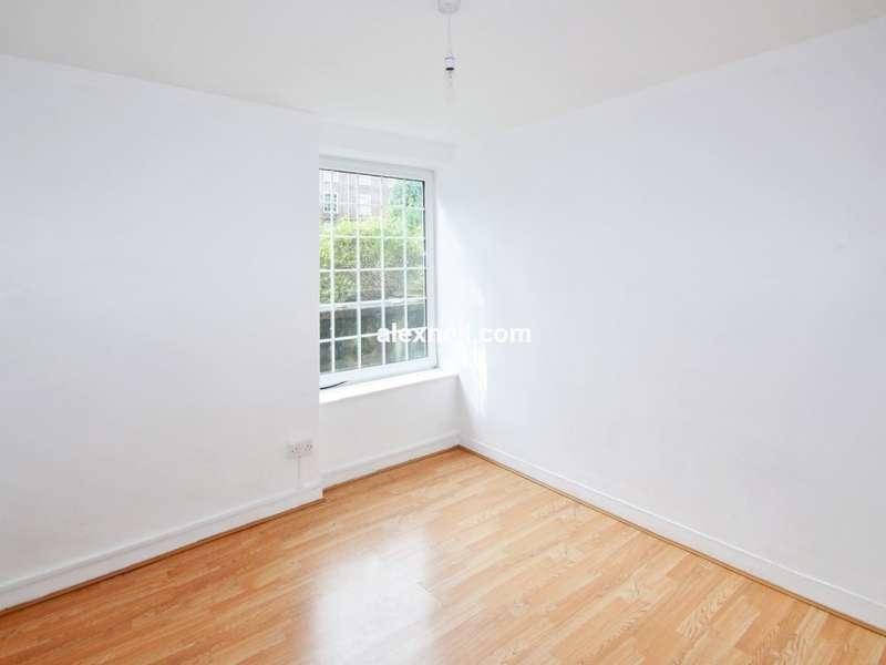 4 Bedrooms Flat for sale in Deptford Church Street, Deptford SE8