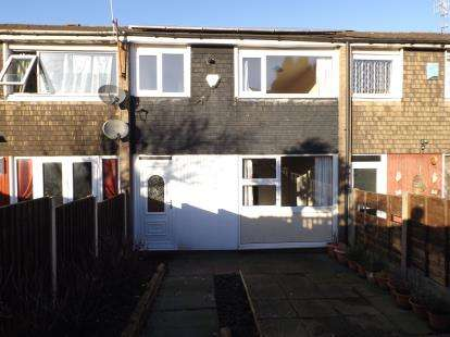 3 Bedrooms Terraced House for sale in Scotland Bank Terrace, Livesey, Blackburn, Lancashire