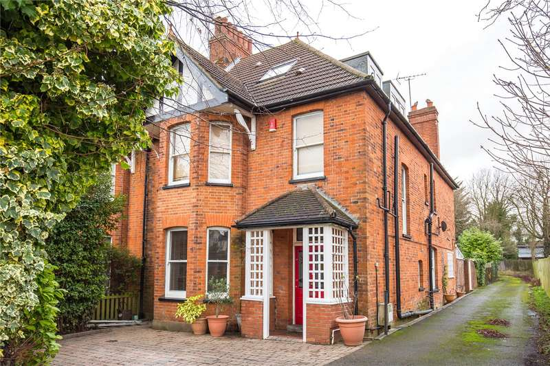 5 Bedrooms Semi Detached House for sale in Flower Lane, Mill Hill, London, NW7