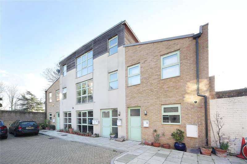 2 Bedrooms Flat for sale in Buxton Mews, Larkhall Lane, London, SW4
