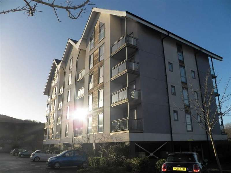 1 Bedroom Flat for sale in Belleisle Apartments, Phoebe Road, Pentrechwyth