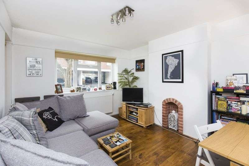 1 Bedroom Flat for sale in Goodwin Court, Campsbourne Road, N8