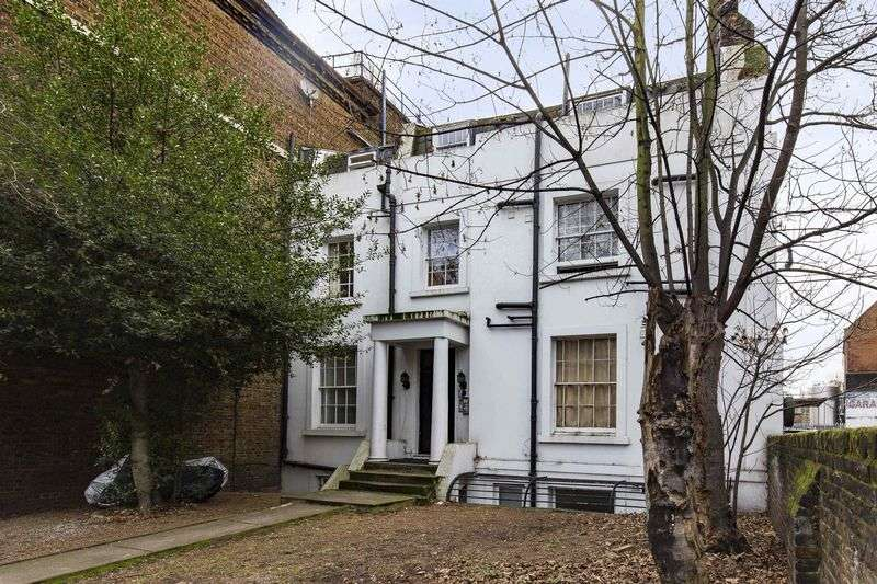 Flat for sale in Dalston Lane, London