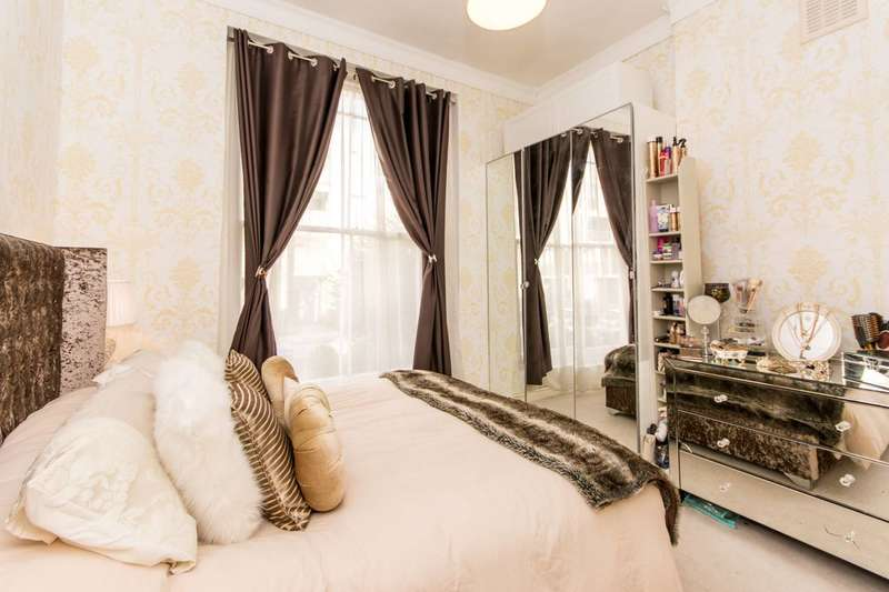 2 Bedrooms Flat for sale in Chichester Road, Kilburn, NW6